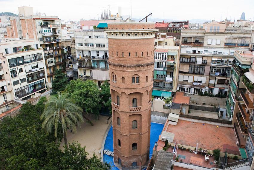 P tios internos em barcelona urbanidades urbanismo - Mobles vintage barcelona ...